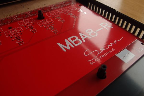 MBA8-R 8ch, MIDI Splitter Rack Version